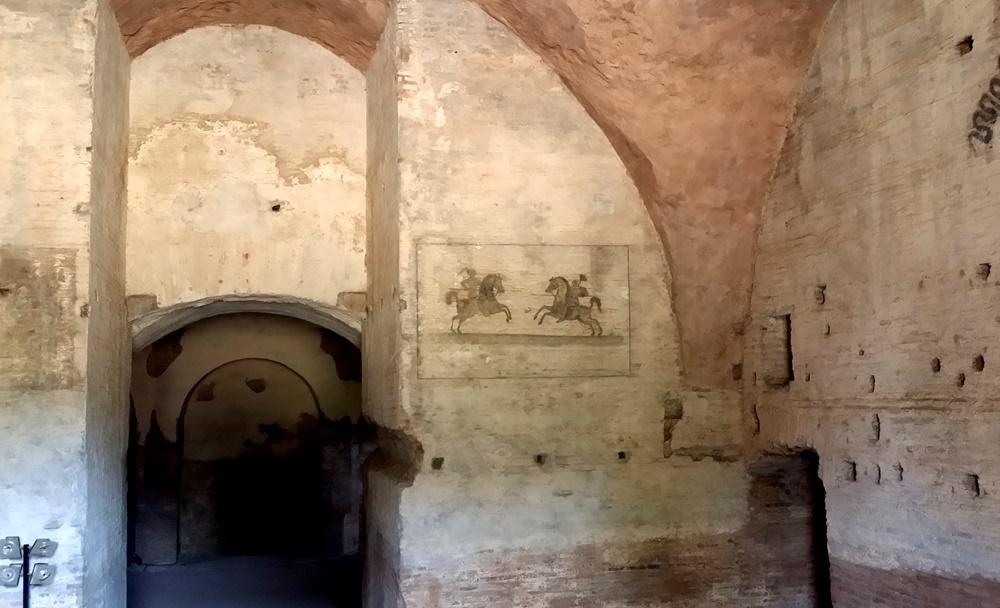 ロムルスの廟内部