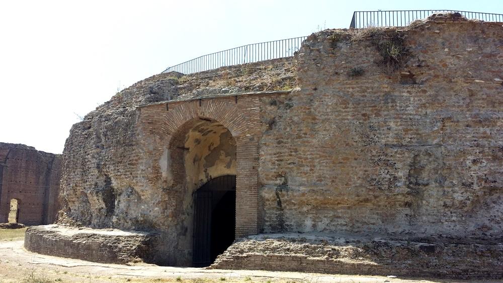 ロムルスの廟