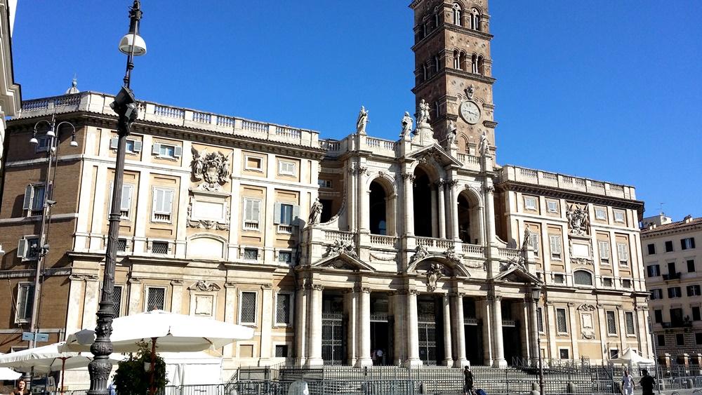サンタ・マリア・マッジョーレ大聖堂のファサード