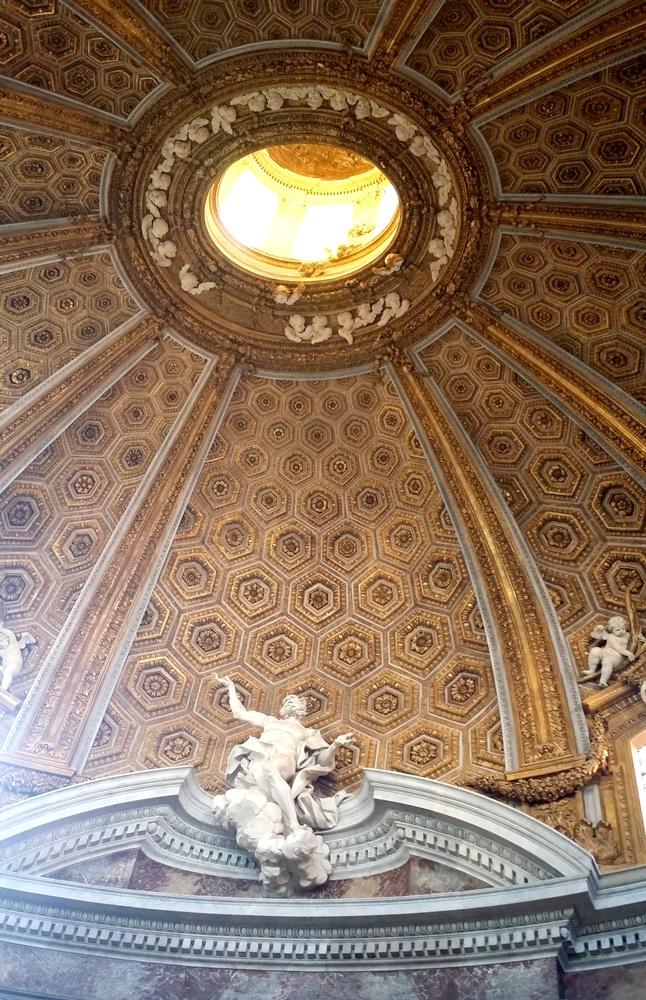 サンタンドレア・アル・クイリナーレ教会の内部