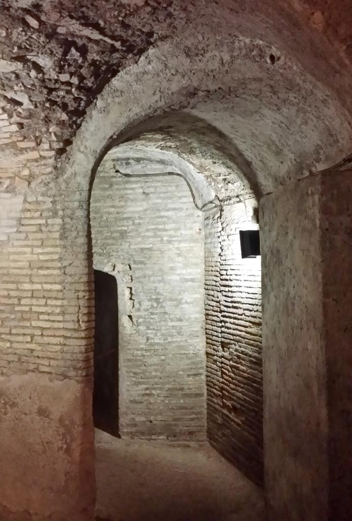 サンティ・ジョヴァンニ・エ・パオロ教会の地下