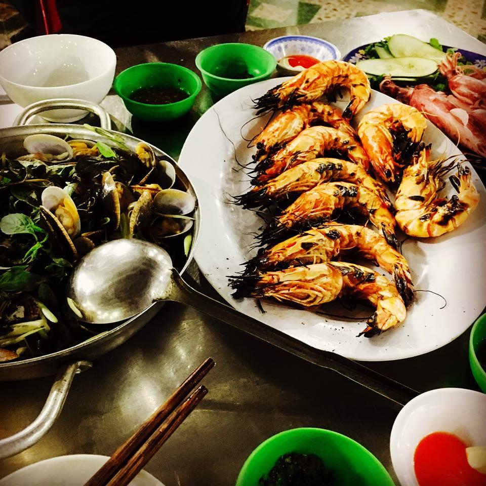 ダナンレストラン観光ベトナム