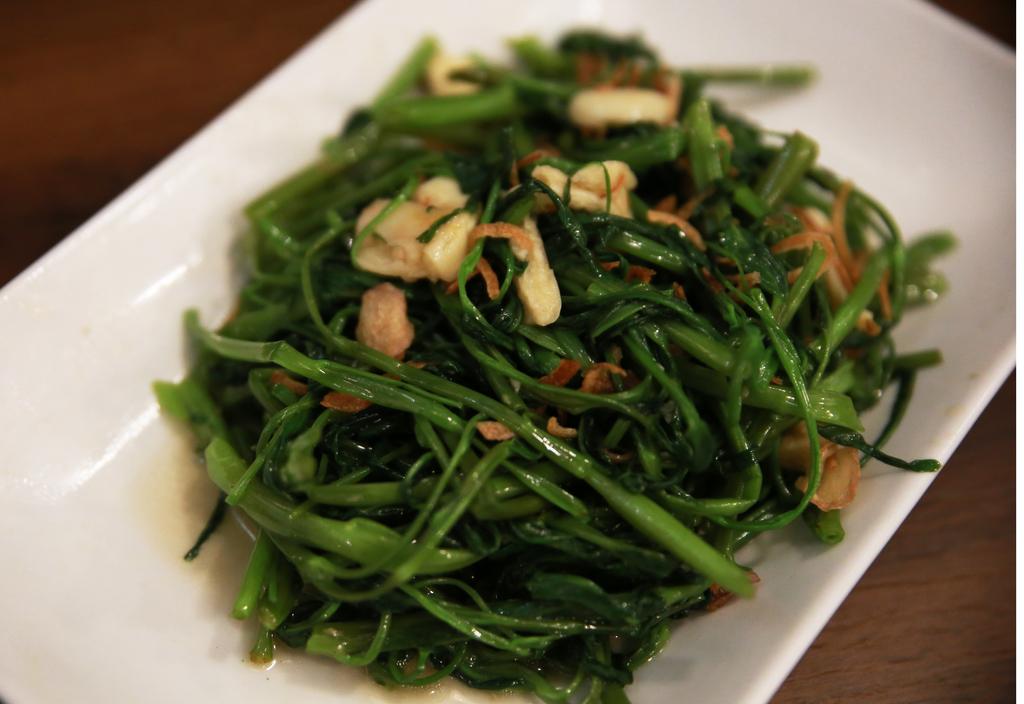 ベトナム料理空心菜