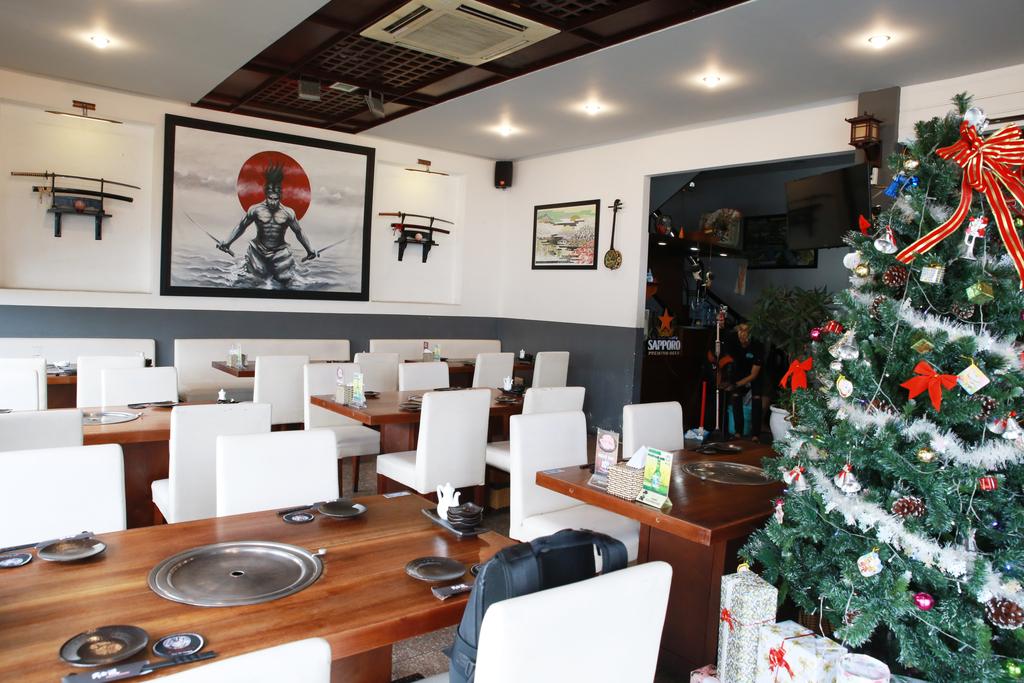 武士道ベトナムレストラン