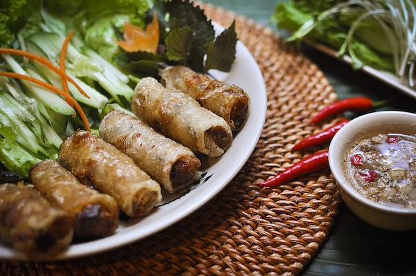 揚げ春巻きベトナムレストラン