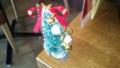 クリスマスツリー。テーブルの角に生えてた。