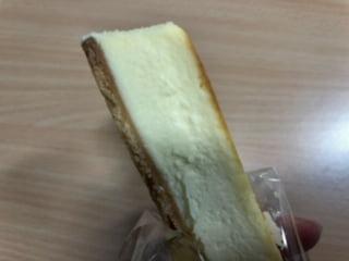 食べ歩き焼きチーズケーキ3