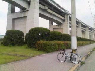 20100424 坂出にて瀬戸大橋をバックに!