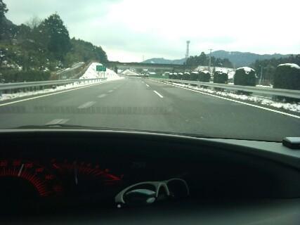 20110211 高速の雪
