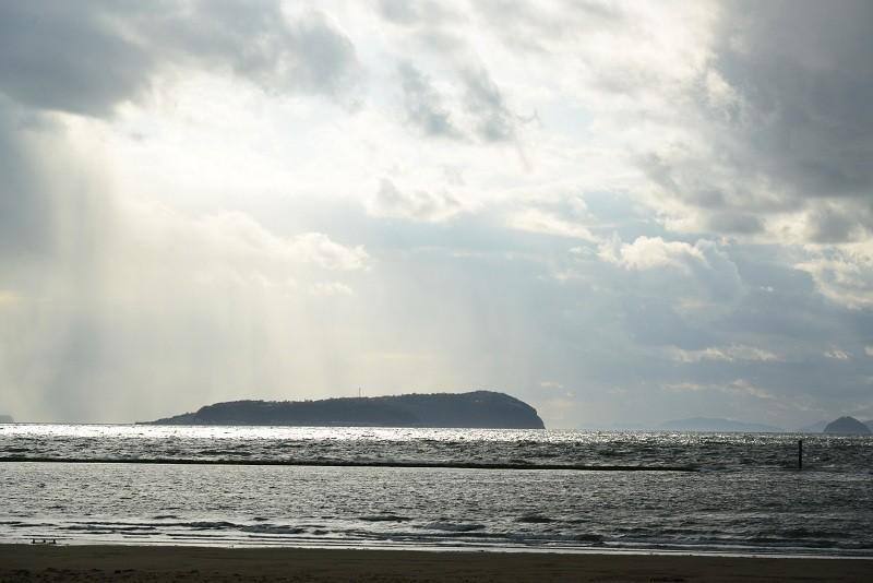 20130407 琴弾公園海水浴場にて…
