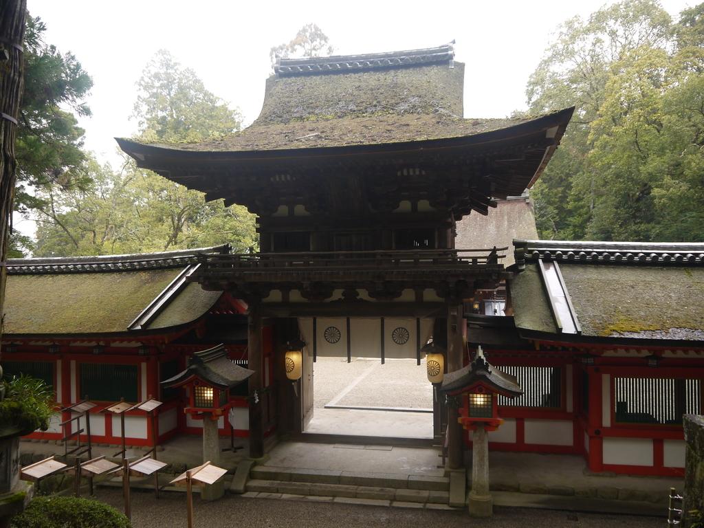 石上神宮 桜門