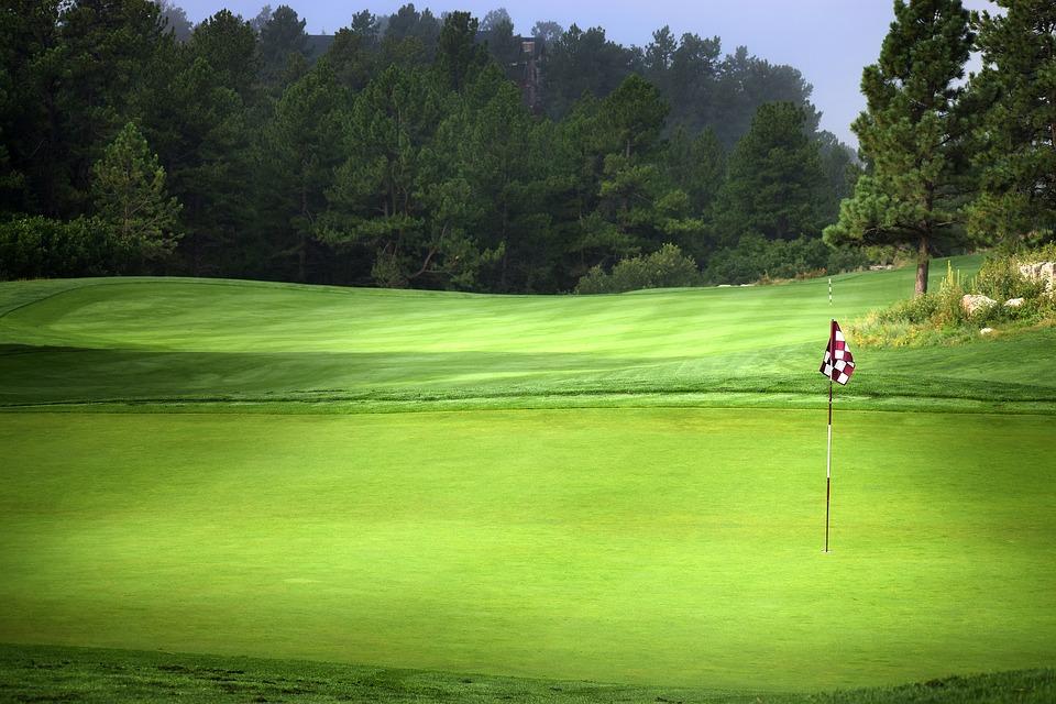 ゴルフ ルール改正 グリーン 旗竿