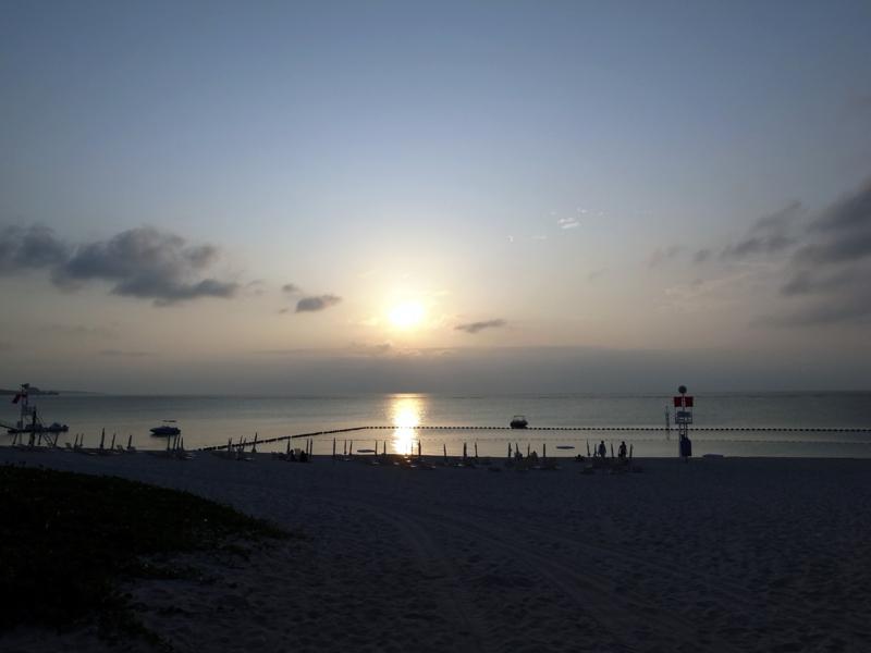ムーンビーチの夕陽