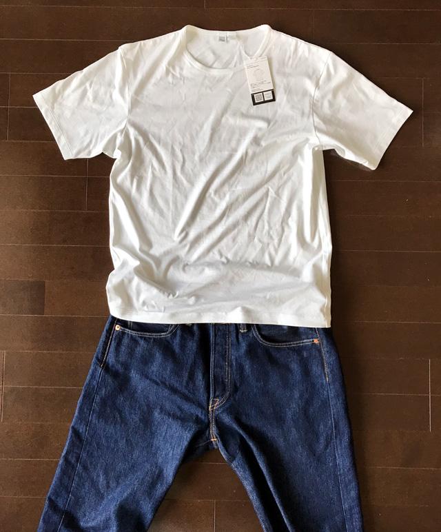 スーピマコットンクルーネック白Tシャツのコーデ