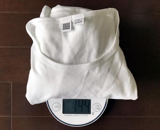 ユニクロユーと無印良品白Tシャツの重量の分析2