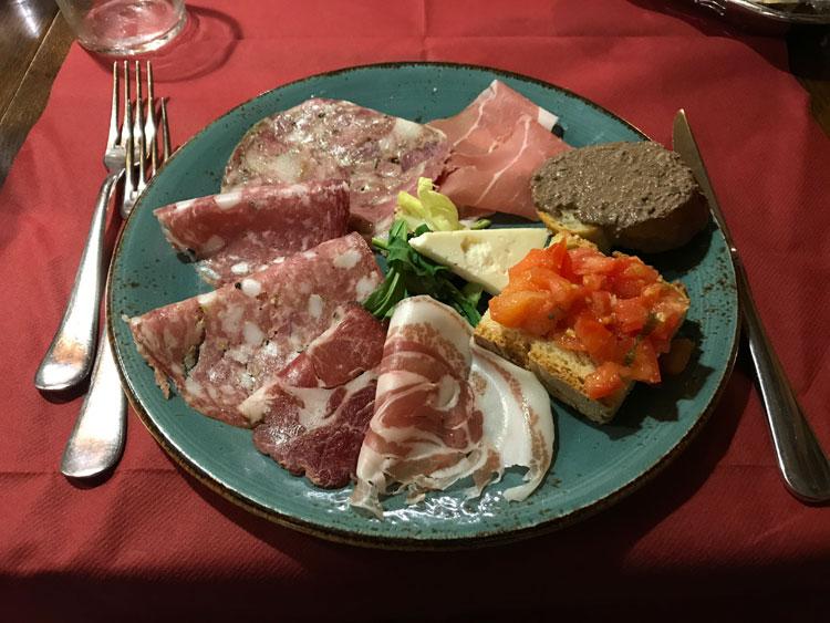 ビステッカ・アッラ・フィオレンティーナ定食 前菜