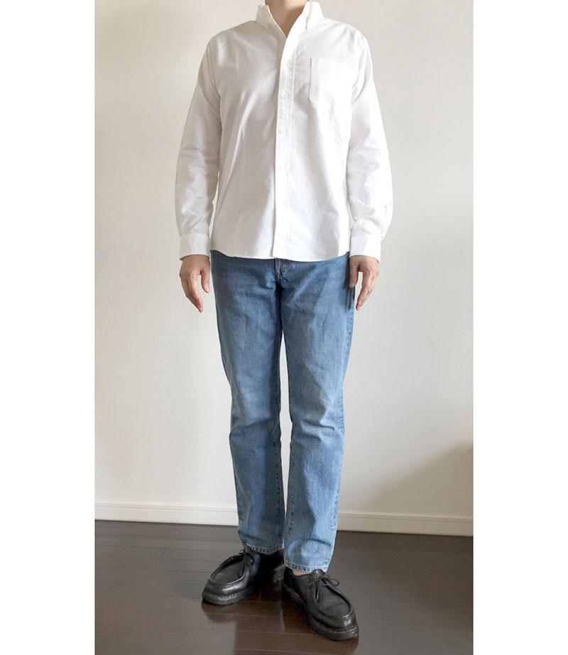 ZOZOオックスフォードシャツの着用イメージ・裾出し