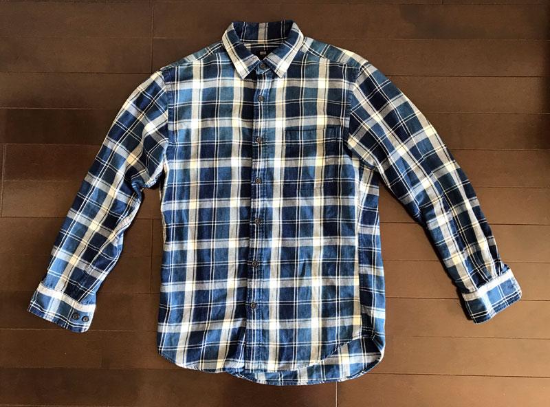 ユニクロのフランネルシャツ2のインディゴ染 ビフォー