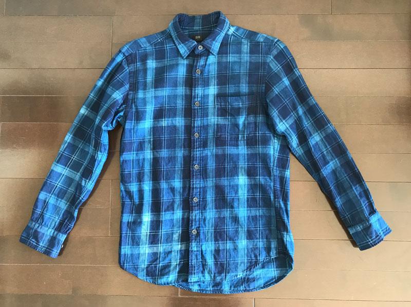ユニクロのフランネルシャツ2のインディゴ染