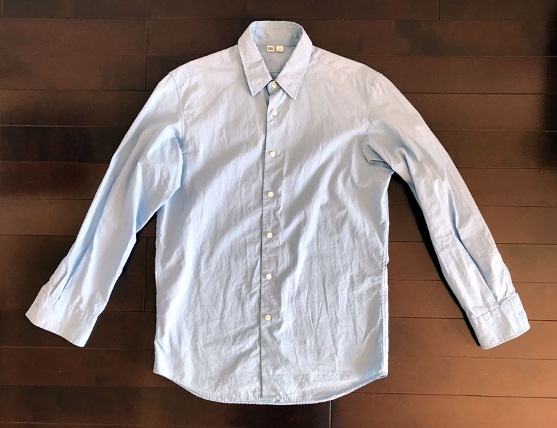 ユニクロユーのブロードシャツ2のインディゴ染 ビフォー