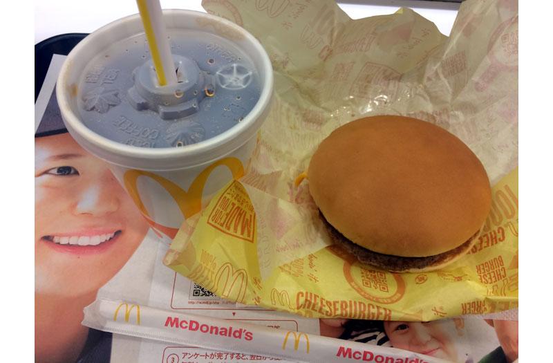 マクドナルド コーラゼロのSとチーズバーガー