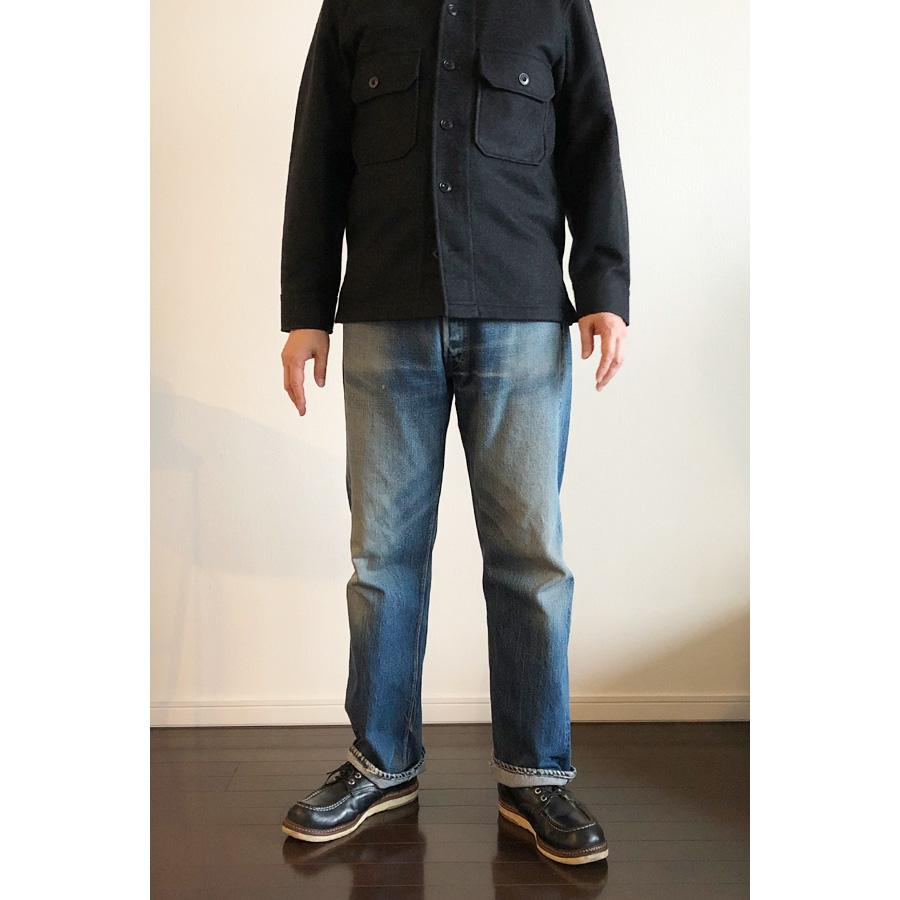ユニクロユー フリースシャツジャケット クルーネックT長袖 コーデ2