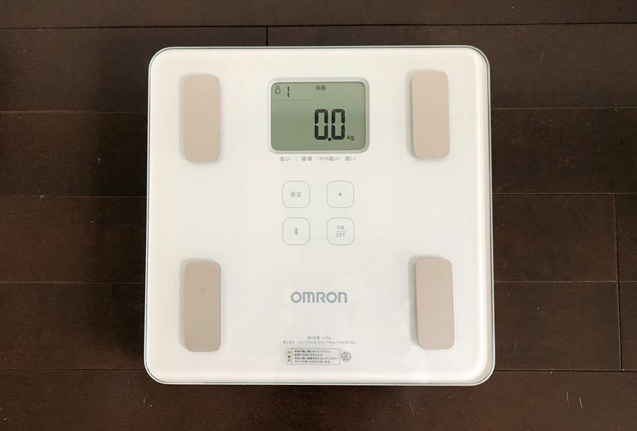 オムロンの体重・体組成計1