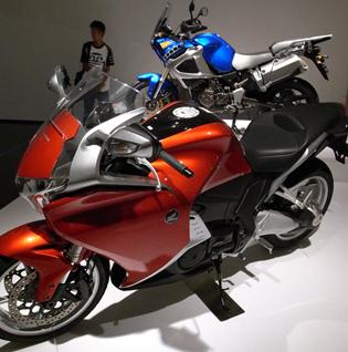 オートバイデザイン展