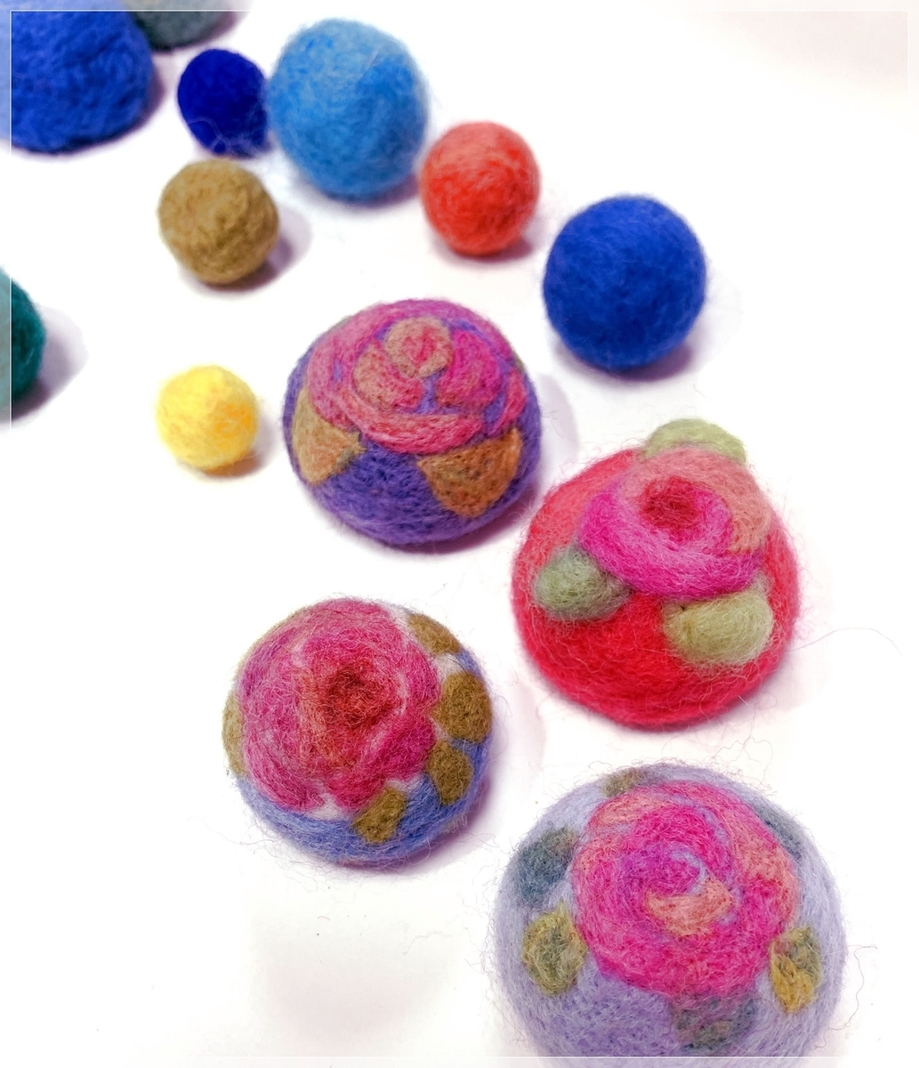 Feltmaking-pincushions
