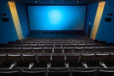 学校 館 上映 の 映画 森