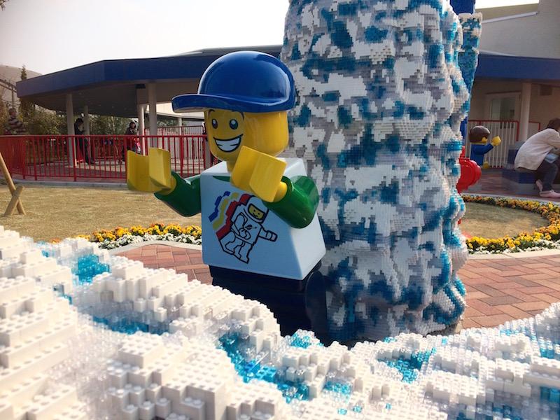 波しぶきまでレゴで再現