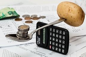 家計に占める携帯料金の割合
