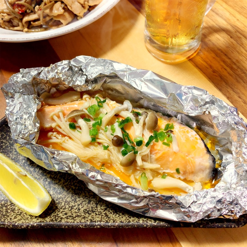 の ホイル 焼き フライパン 鮭
