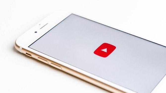 YouTubeの画像