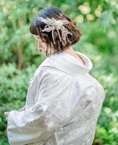 白無垢の女性画像