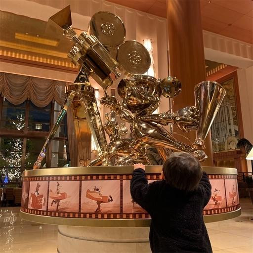 アンバサダーホテルのエントランス