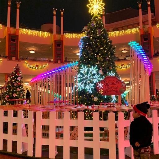 イクスピアリのクリスマスツリーのライトアップ