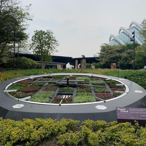 ガーデンズバイザベイの花時計