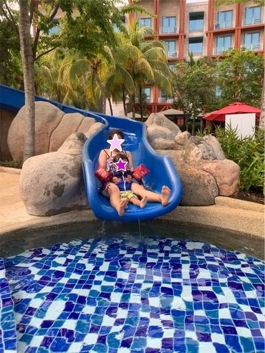 ハードロックホテルのプールの滑り台