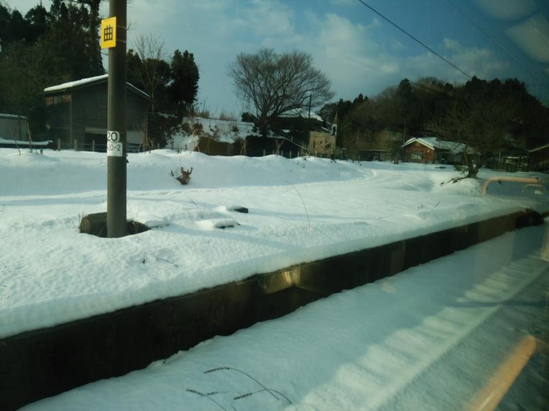 2016.1.27倶利伽羅(くりから)駅付近車窓