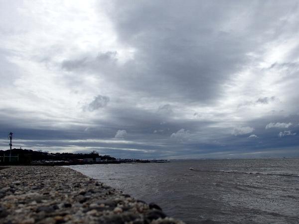 [竹島海岸][台風通過後]