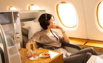 エミレーツ航空のビジネスクラスのシート