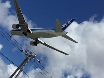 瀬長島から見た飛行機