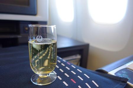 JAL国際線のシャンパン