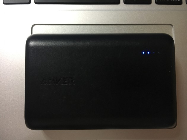 Anker PowerCore 10000の充電方法②
