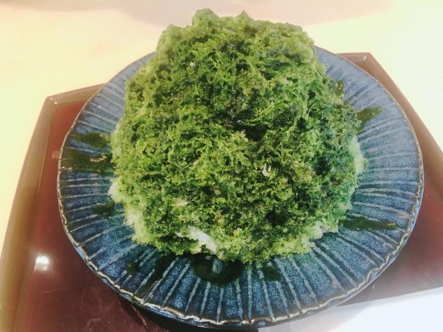 箱根湯本のオススメ食べ歩きグルメのちもとの湯もちとかき氷