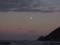 竹野浜の夕闇と月