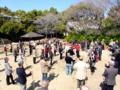 2012.03.13 岸和田健老大学にて 春の日差しの中、校外での講座に受講