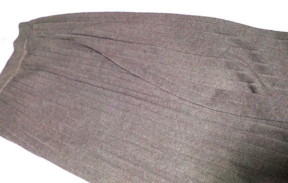 ANDJの人気ロング丈ニットスカート