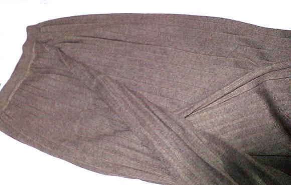 ANDJの人気ロング丈ニットスカート2